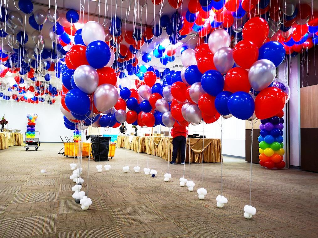 Helium Bundles Balloons