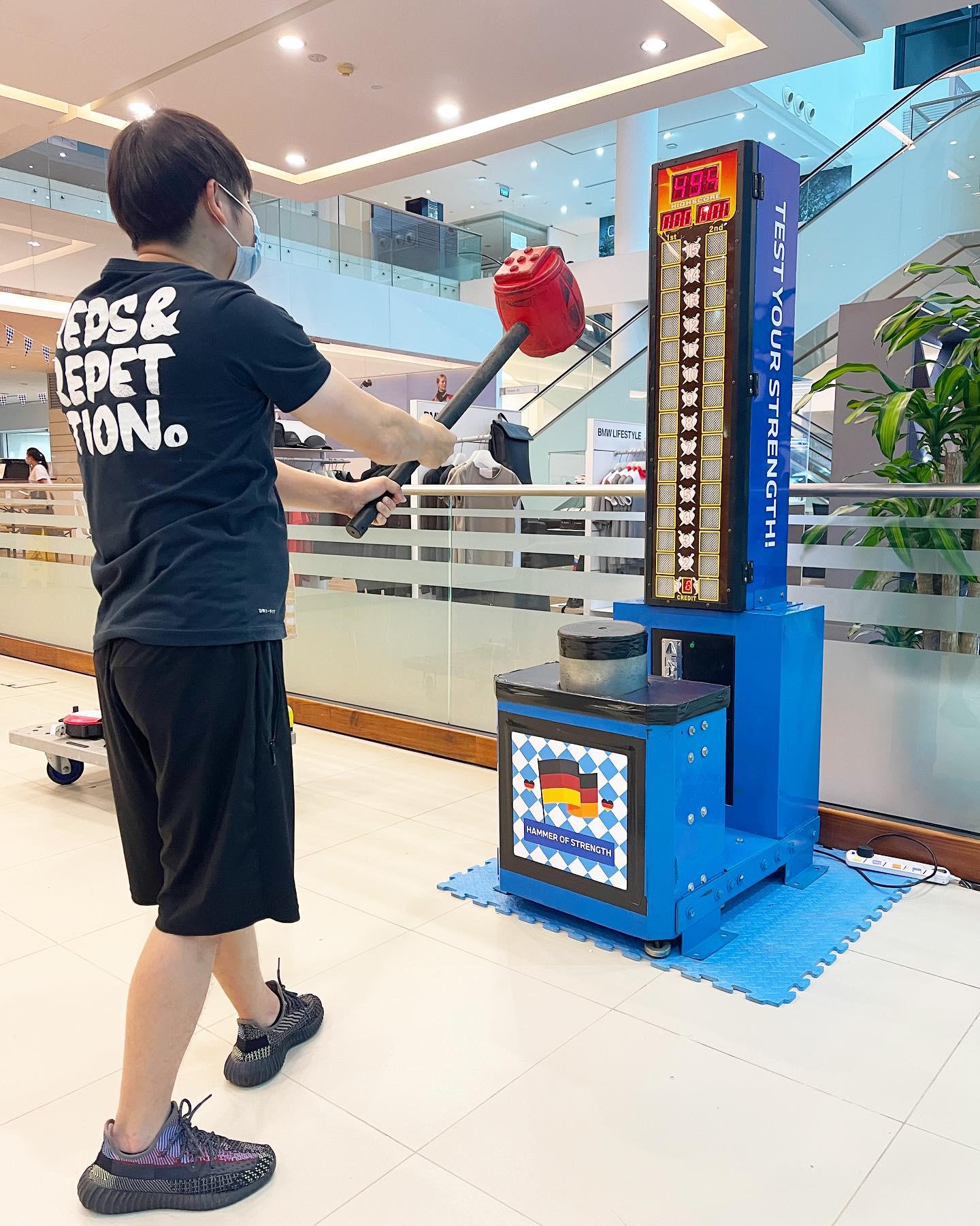Arcade Kings of Hammer Machine